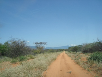 Road to Ndonyo Wasin